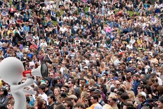 crowdplusMegaphone